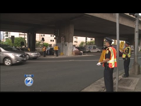 Honolulu police step up pedestrian safety awareness, enforcement