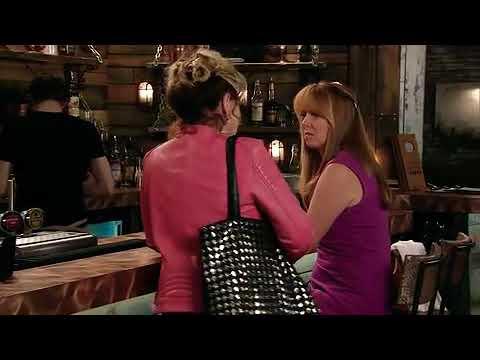Liz tells Jenny that Susie is missing Coronation Street