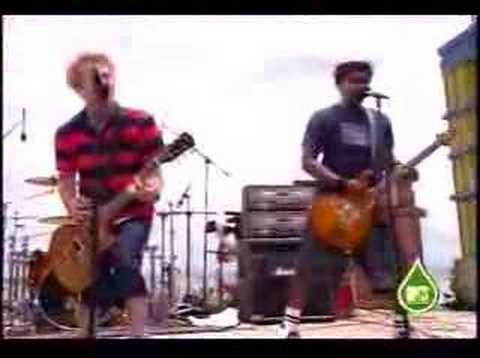 Sum 41 - Fat Lip (live)