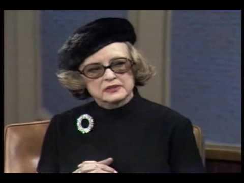 Bette Davis talks about Louella Parsons