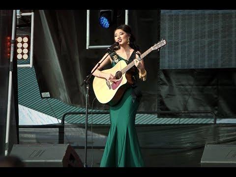 Fresno HCNYC 2017-2018: Miss Hmong USA Talent Rnd - Nkauj Nag thumbnail