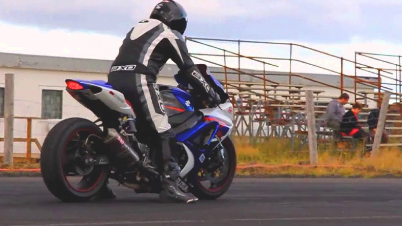 my gsxr 1000 k7 9 3 150mph youtube. Black Bedroom Furniture Sets. Home Design Ideas