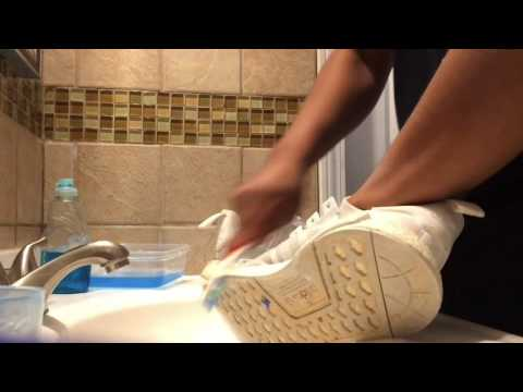 How to clean white nmd