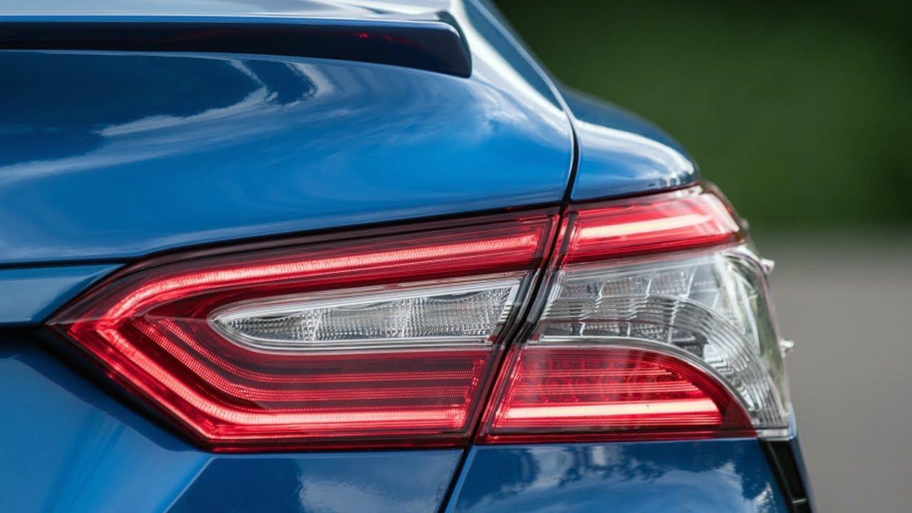 Toyota Improves 2018 Camry S Headlights Automatic Braking Earns Iihs