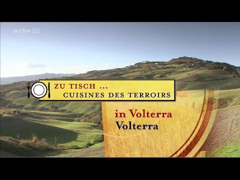 Zu Tisch in Volterra