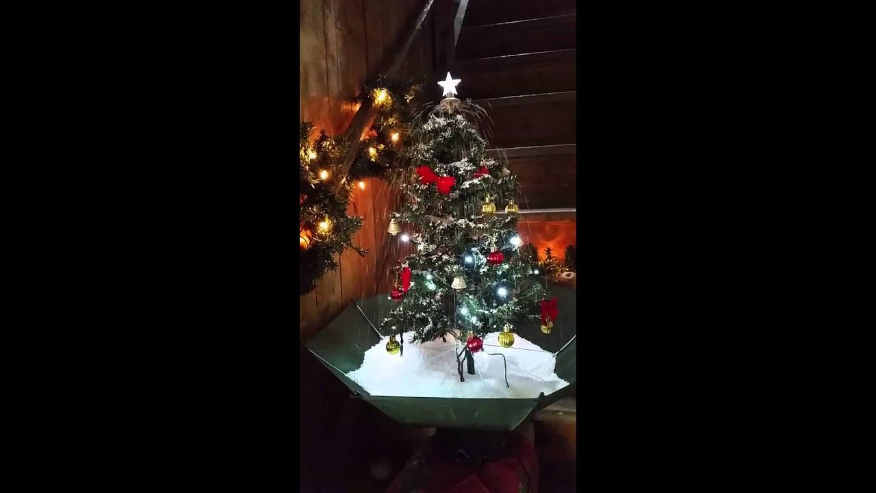 weihnachten schneiender weihnachtsbaum gr n oder silber 75. Black Bedroom Furniture Sets. Home Design Ideas