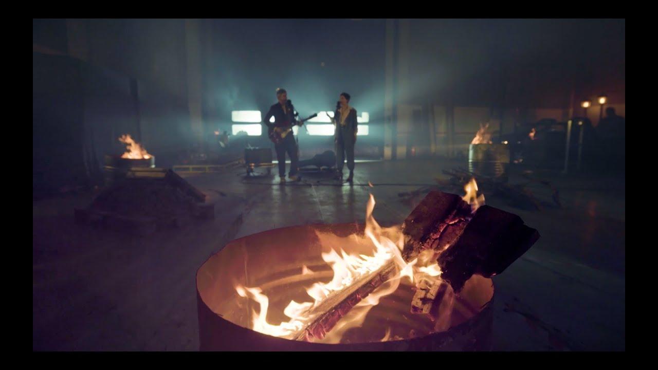Download ede, Xoel López - Quemas (Official Music Video)