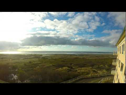 Cloud Time-lapse over the Pacific Coast at Ocean Shores, WA