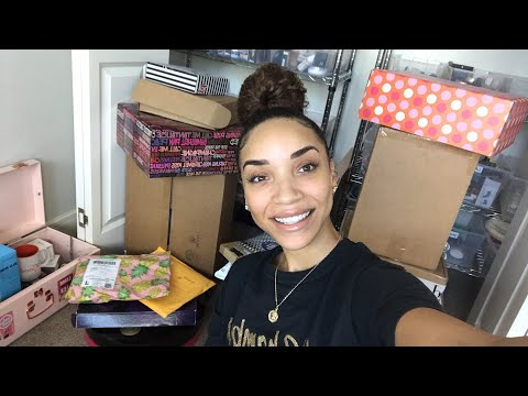 LIVE Mail Unboxing! Chat with Me!