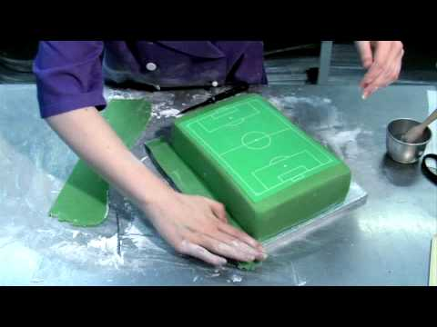 Football Cake Decorating Ideas How To Make : How to make a football pitch cake - YouTube