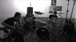 "NIHIL OBSTAT -  Ensayando "" Here the darkness reigns eternal"" (practicando / practicing) 2015"