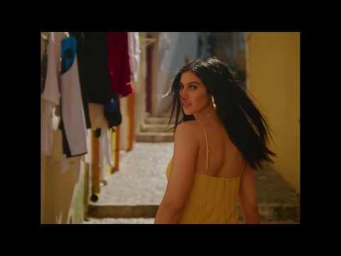Смотреть клип Lyna Mahyem - Contigo