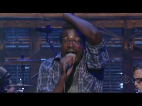 TV On The Radio  Wolf Like Me   on Letterman  HD & in sync