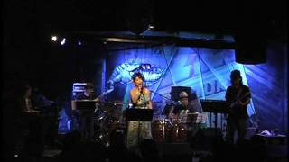 2011年8/4 原宿クロコダイル うえむらかをるソロライブ 「Con los músicos fantásticos 」より Vo.うえむらかをる http://caolu-otohime.jp/ Perc.&Cho. 木村kimuch...