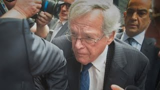 Media Circus Swarms as Dennis Hastert Makes Court Appearance