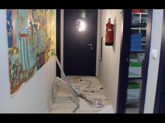 VÍDEO: Ola de robos: Los ladrones causan importantes daños en el Centro de la Mujer y se llevan 2 ordenadores.