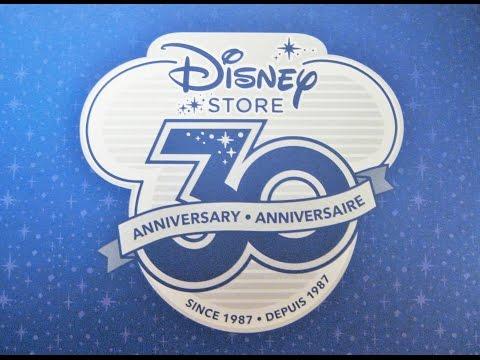 RR 78- The Disney Store 30th Anniversay Snow Globe!