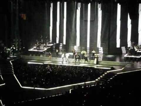 Justify My Love Interlude  Vogue   Madonna The MDNA Tour  in NYC  Madison Square Garden