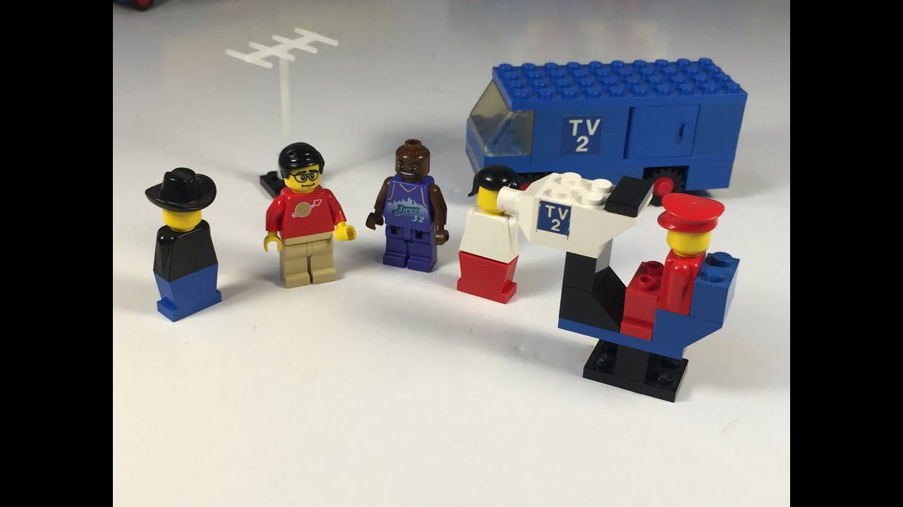 LEGO TV Crew Set 664 from 1977 Classic 1970s Television Technology