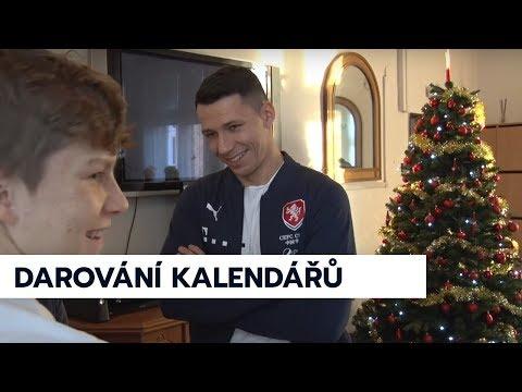 Marek Suchý předal dětem z dětského domova kalendáře reprezentace