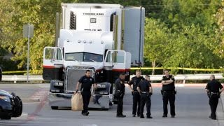 Report: 30 people rescued from trailer where 8 people died