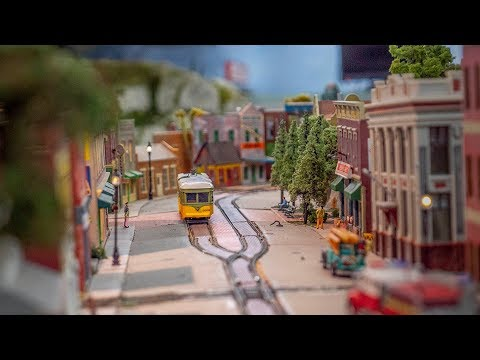 The Biggest Model Train Set in Chicago | The Garfield-Clarendon Model Railroad