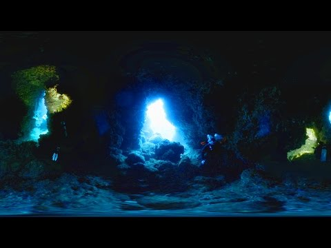 360° video Scuba Diving at Blue Cave, Orchid Island, Taiwan (蘭嶼,藍洞) 4K resolution