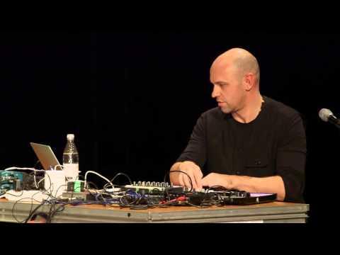 Loop | Henrik Schwarz & Bugge Wesseltoft on improvisation
