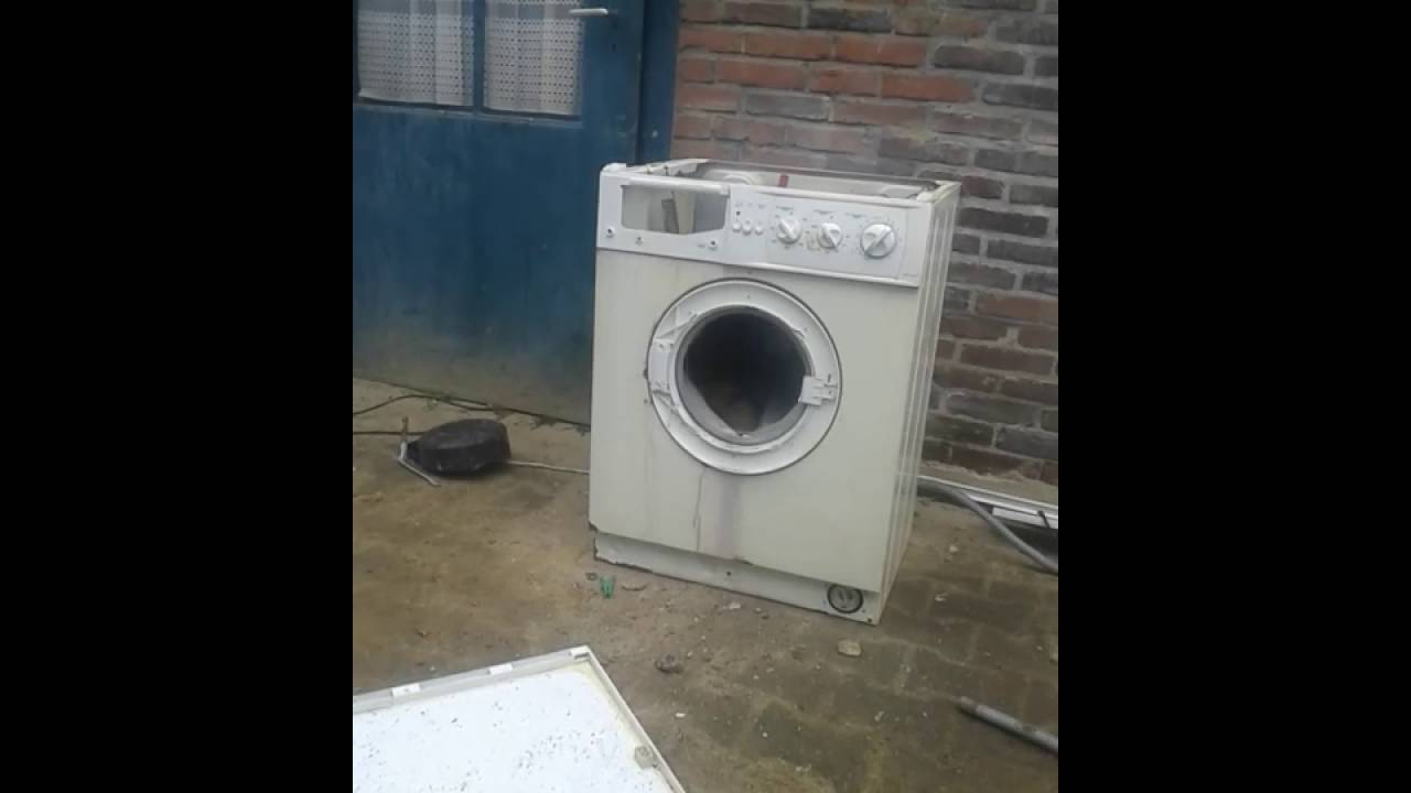 Stone wash kills washing machine deel 1 - YouTube