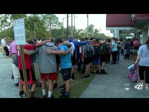 Florida group visits Tallahassee in hopes of putting prayer in schools