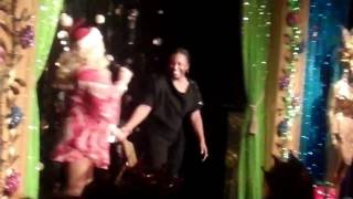 ARIEL SINCLAIR Lips Restaurant NEW YORK CITY drag queen fun!!!