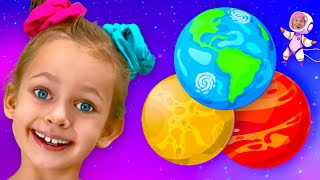 Educational children song - Maya Learns the planets