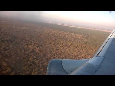 Air Zimbabwe Boeing 737-200 landing at Bulawayo