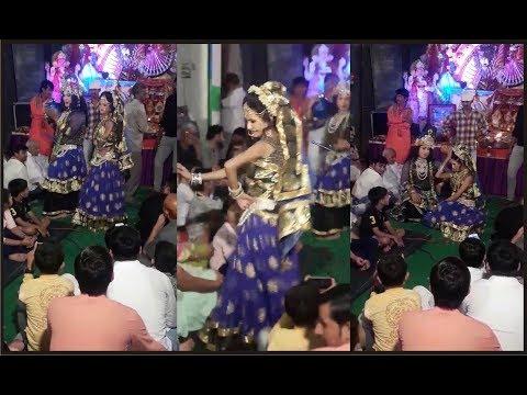 kanha kate matna chutki best radhe krishna jhanki dance