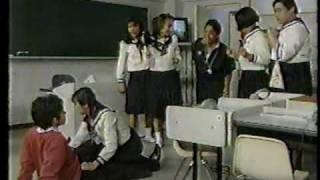 ニューハーフの人だけで演じた「高校教師」のパロディドラマ.