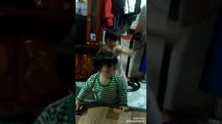 Bé gái 4 tuổi nhảy nhạc dance . quá sung .bản sao của khá bảnh