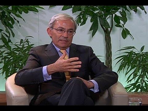 """Premio Nobel de Economía 2010: """"El sistema de pensiones chileno es famoso en todo el mundo"""""""