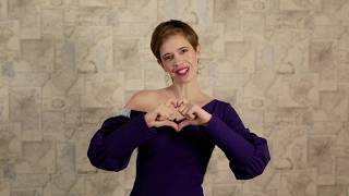 Oriflame India  | Kalki Koechlin wishes you Happy New Year