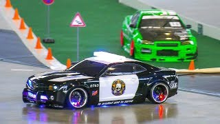 RC MODEL DRIFT CARS IN MOTION!! RC CHEVROLET CAMARO POLICE DRIFT CAR, REMOTE CONTROL
