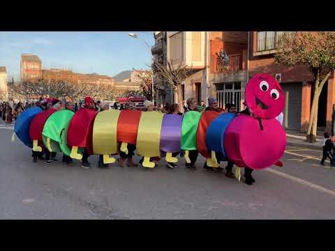 El carnaval deixa imatges de festa i disbauxa arreu del Pirineu