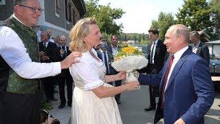 Год спустя: Путин сам ПРИПЁРСЯ!!!