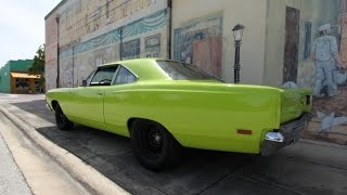 69 Plymouth Road Runner vs Corvette ZO6 Street Race