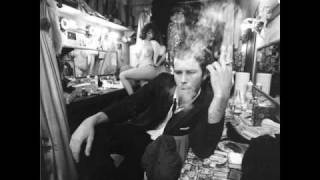 Watch Tom Waits Goodnight Irene video