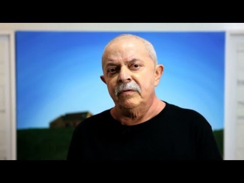 Brésil: Lula annonce son retour à la politique après son cancer