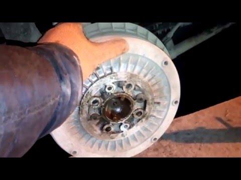 Как поменять задние тормозные колодки на ваз 2106 видео