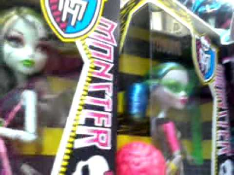 Moi au magasin king jouet pour monster high youtube - Monster high king jouet ...