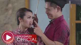 Fitri Carlina Musim Hujan Musim Kawin Official Music Video Nagaswara #dangdut