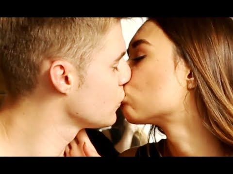 Как целоваться с языком с парнем | Секреты французского поцелуя