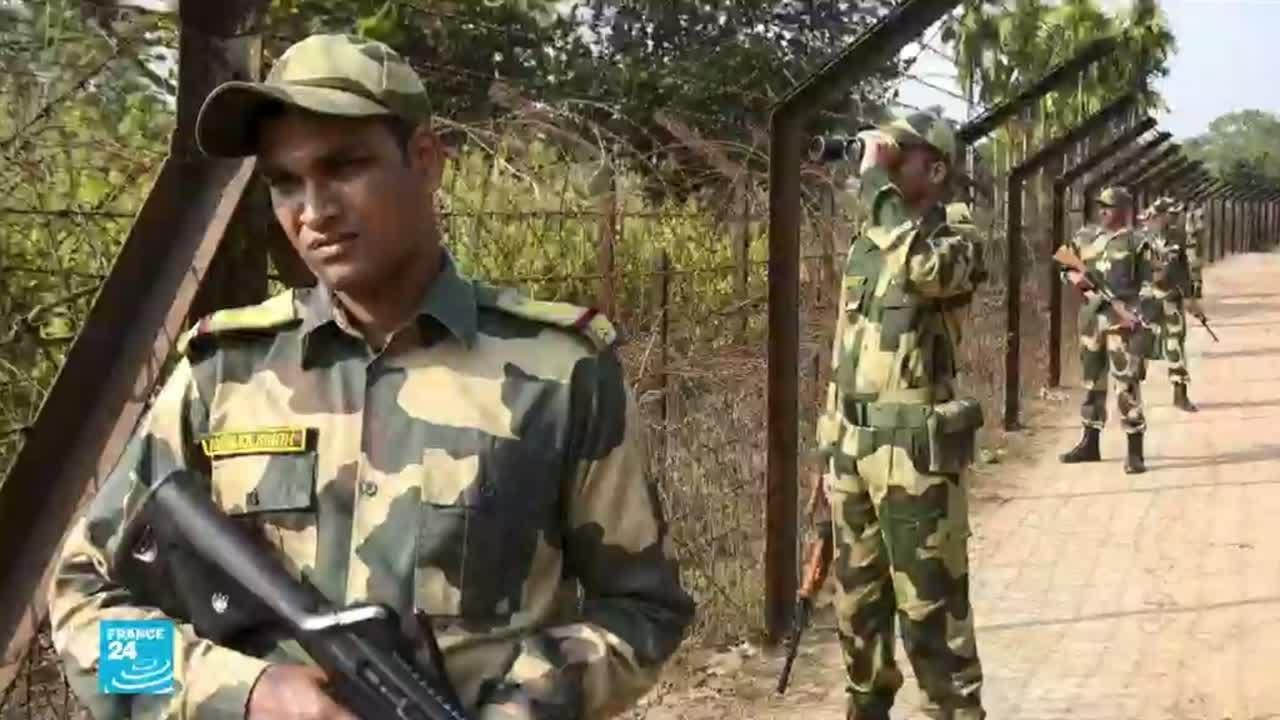 الهند تشيد جدارا حدوديا عازلا مع بنغلادش لوقف تدفق -اللاجئين البيئيين-  - 16:00-2021 / 2 / 23