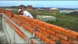 Профессиональная кладка облицовочного Кирпича (видео)(1. Кирпич рядовой полнотелый. Имеет преимущественно красный цвет и используется для строительства несущих..., 2015-02-24T06:46:45.000Z)